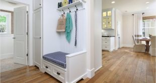 43 Gorgeous Small Entryway Ideas That Will Make Your Home Stunning