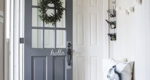 Neutral black and white entryway   100+ Beautiful Mudrooms and Entryways at Remo...