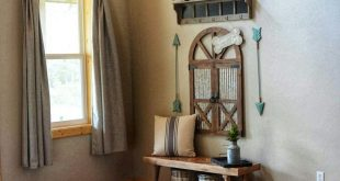 Rustic Barn Door Entryway. Farmhouse Entryway Bench & Storage