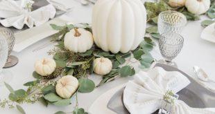 Thanksgiving weißer Kürbis Tablescape